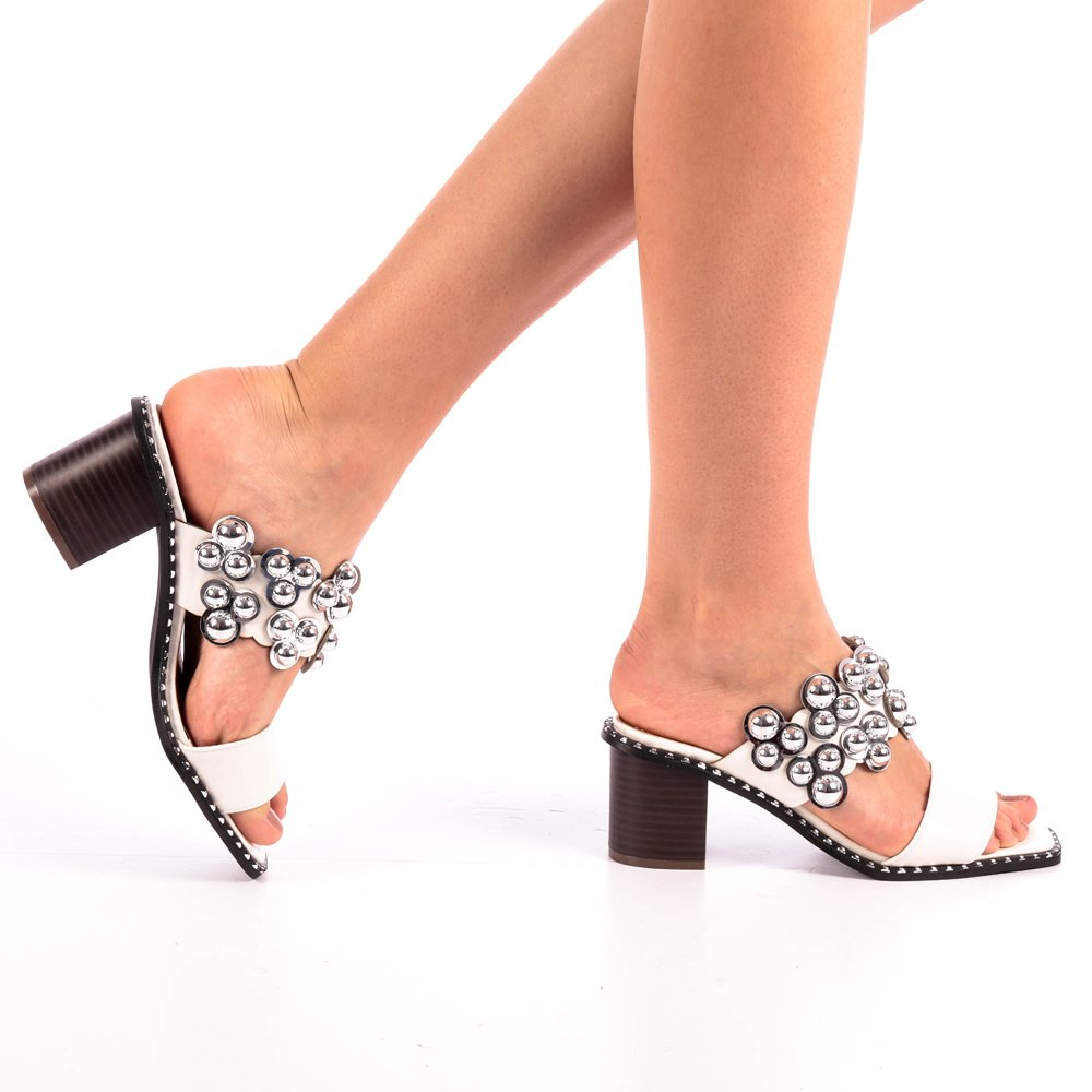 Papuci dama Alina albi
